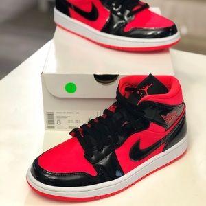 Jordan Shoes - New Nike Air Jordan 1 Mid Black BQ6472-600